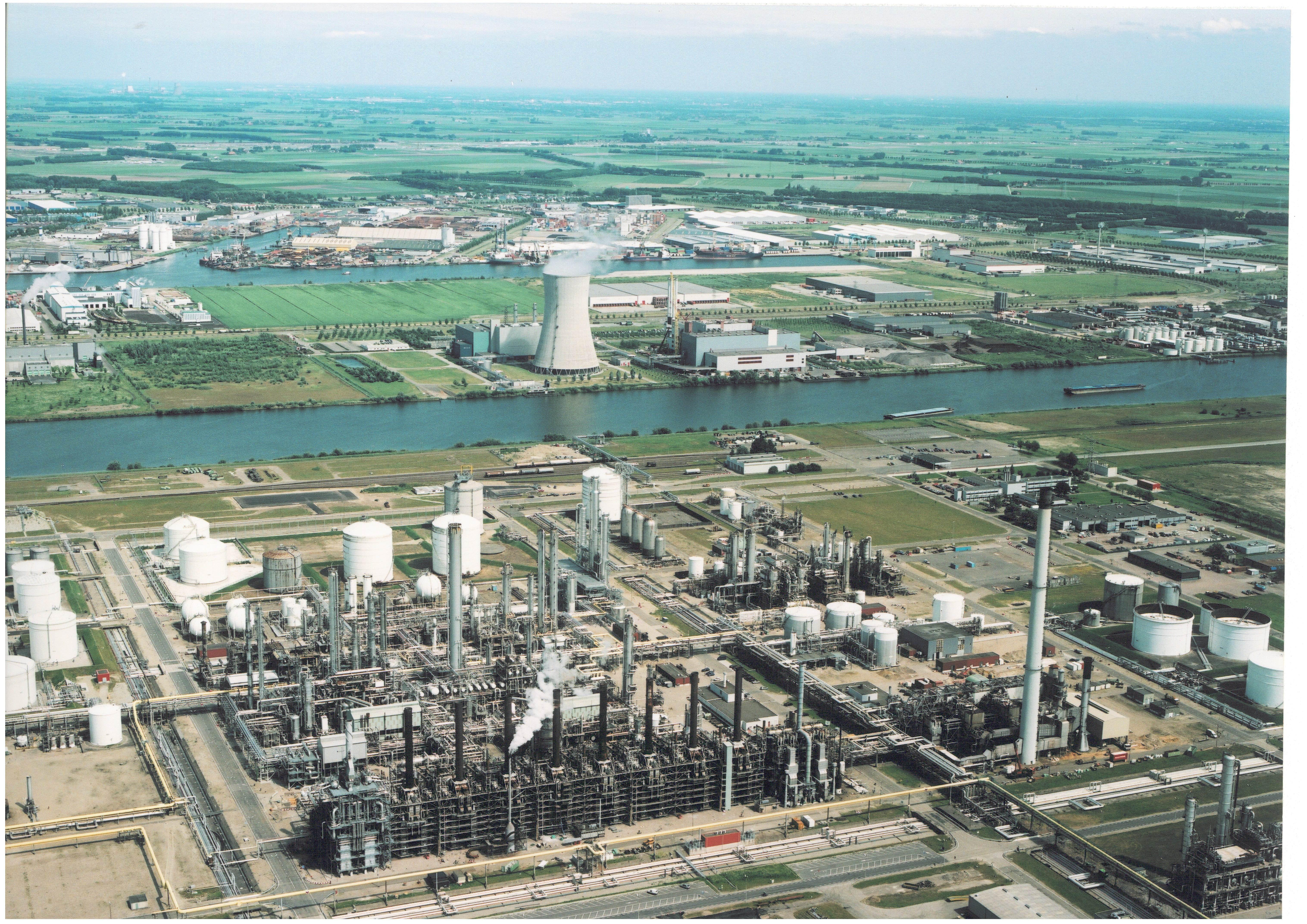 Nieuwsblad Transport > 'Chemiebedrijven juist bij elkaar ...