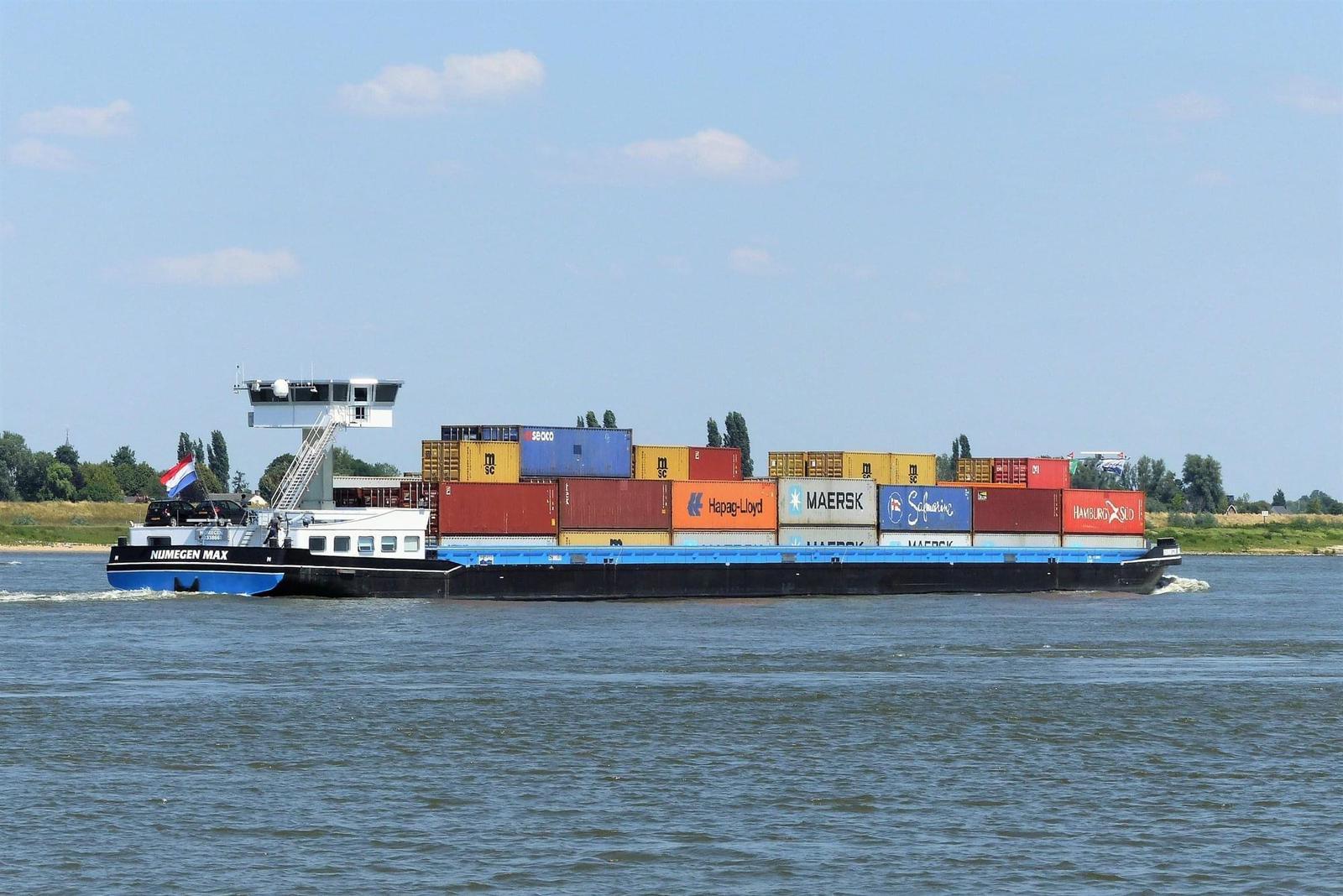 Nijmegen Max, elektrisch aangedreven binnenvaartschip
